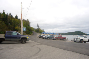 Public Boat Access on Pettegrow Point Road